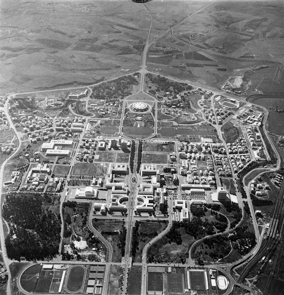 Veduta-aerea-del-quartiere,-1961