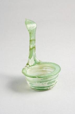 Simpulum in vetro