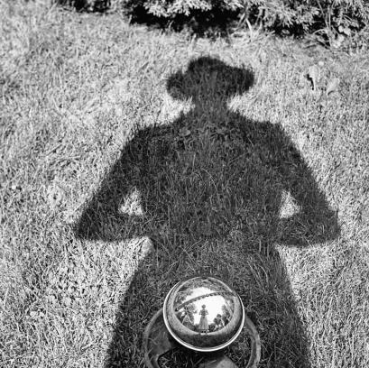 Senza titolo, Autoritratto, senza data. © Vivian Maier/Maloof Collection, Courtesy Howard Greenberg Gallery, New York.