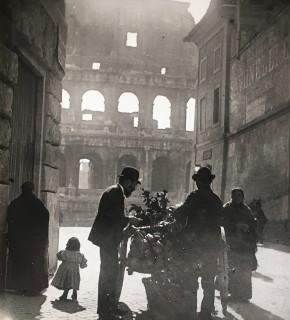 Ambulante al Colosseo